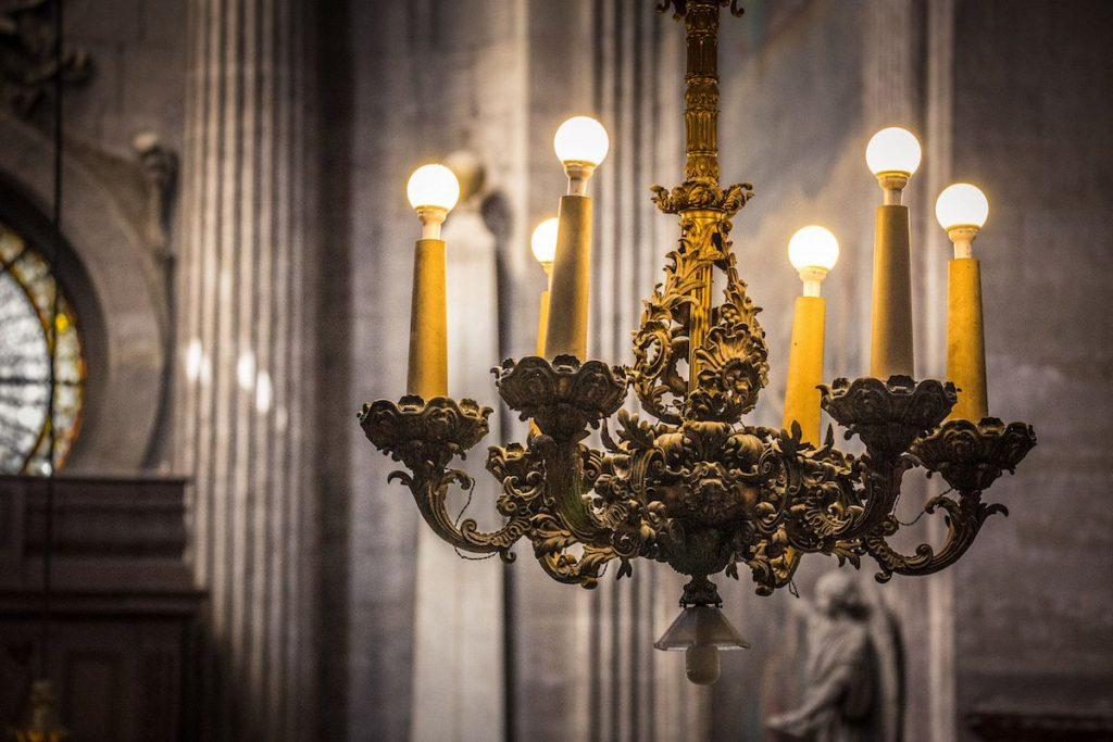 lights-in-church