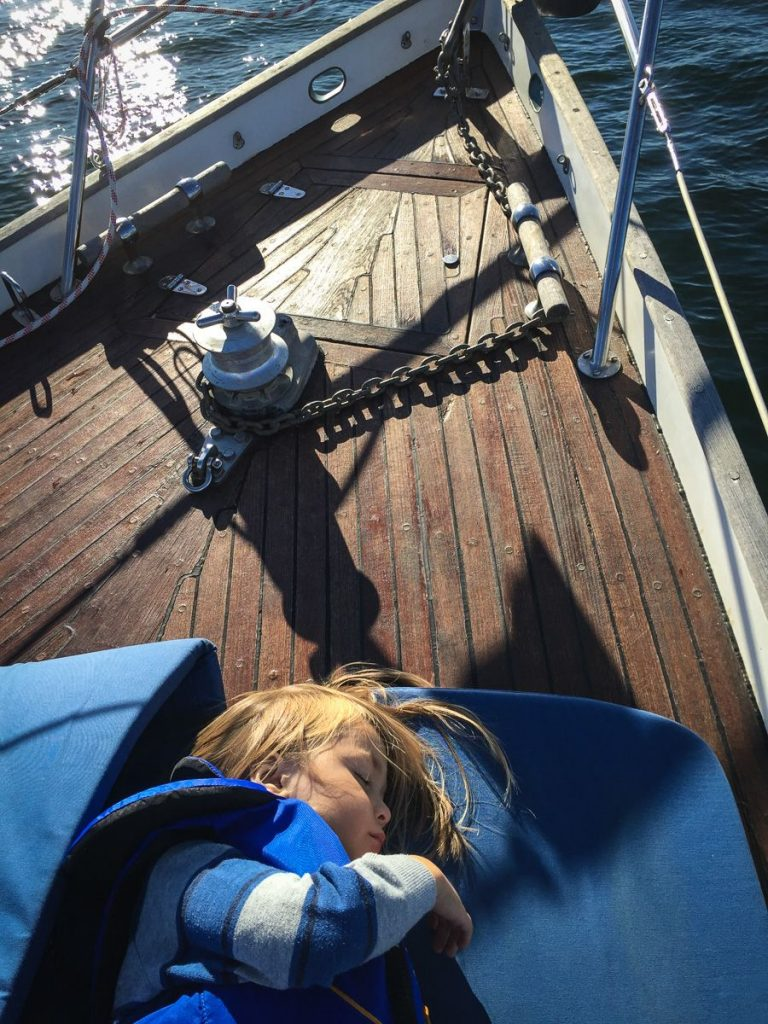 stockholm-archipelago-sailing-august-sleeping-deck