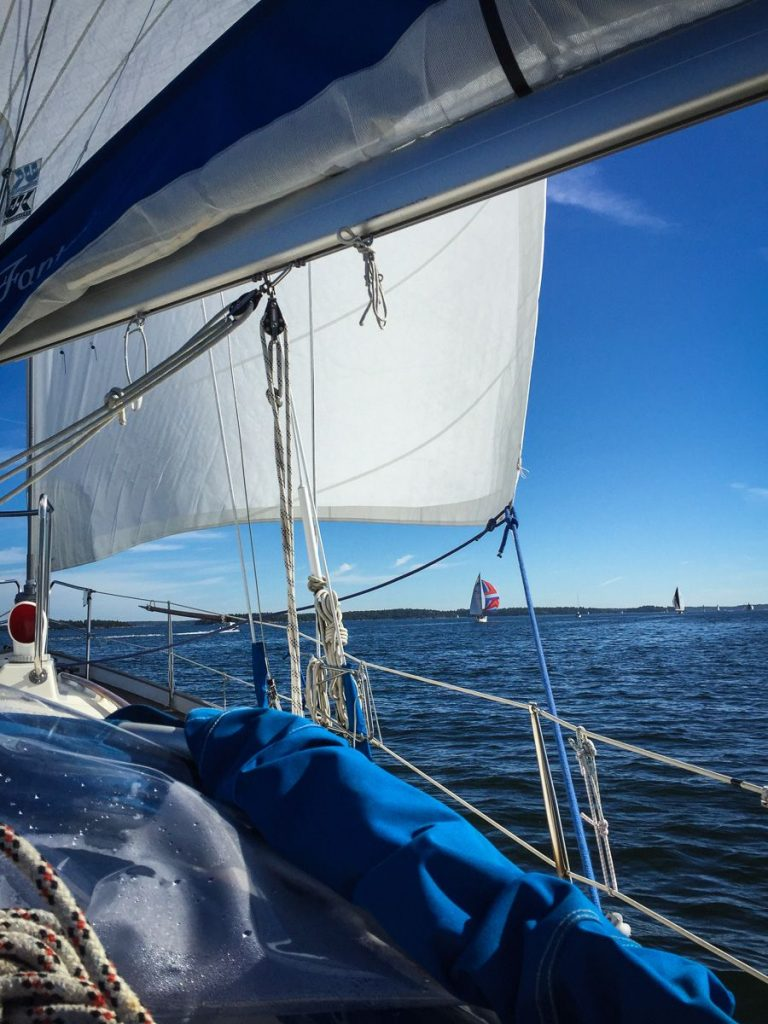 stockholm-archipelago-sailing-deck-sail-sea