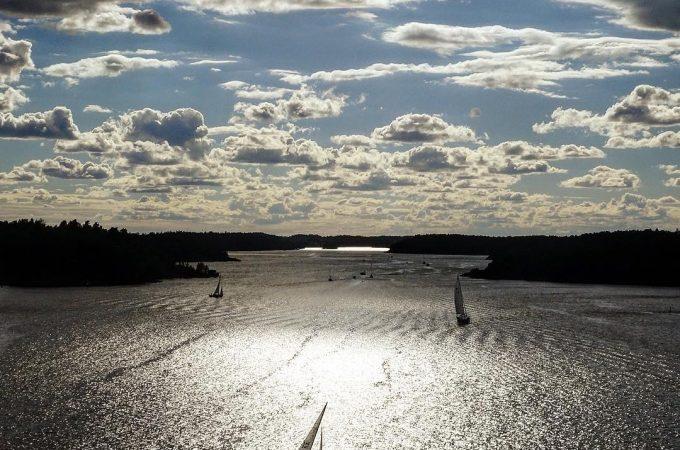 Swedish-summer-sailing