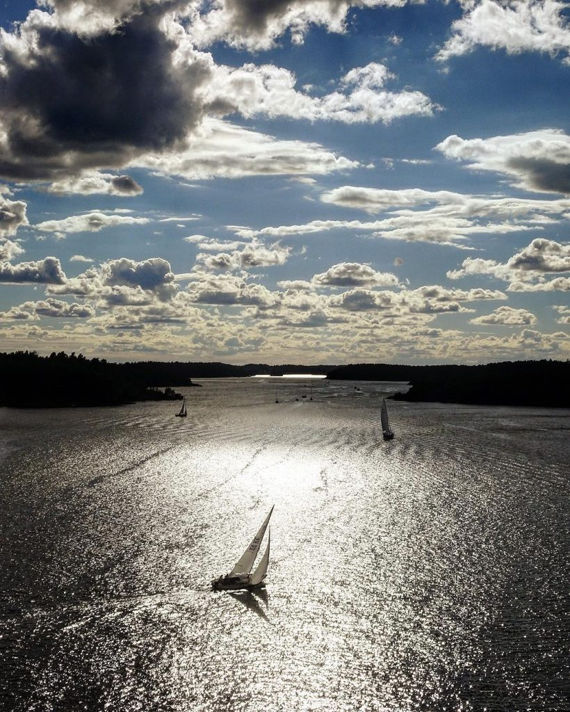sailboat-and-clouds-in-stockholm-archipelago