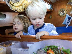 stockholm-archipelago-sailing-boys-lunch