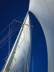 stockholm-archipelago-sailing-rounded-sails