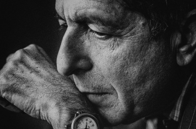 Leonard Cohen black and white