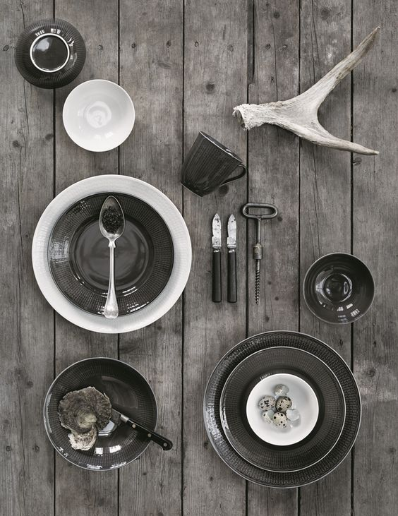 Classic Scandinavian Design, Swedish Grace tableware from Rorstrand